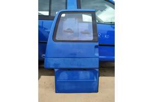 Дверка розпашонка задня ліва для фольксваген т4  Б/у дверь задняя для Volkswagen T4 (Transporter)