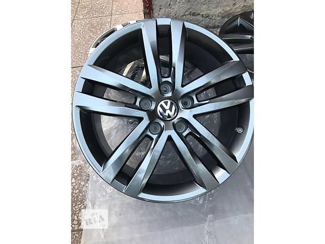 диск с шиной для Volkswagen Touareg r19 r line- объявление о продаже  в Ужгороде