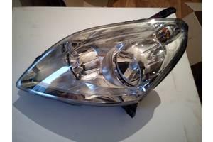 Новые Фары Opel Zafira