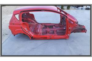 Четверти автомобиля Ford B-Max