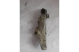 Кронштейн двигателя Bmw E36 11811137015