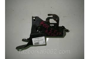 Кронштейн крепления блока ABS 2.5 турбо Subaru Forester (SG) 02-08 (Субару Форестер СГ)