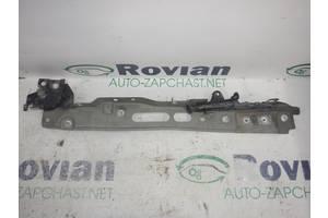 Кронштейн крыла пер. лев. Renault MEGANE 2 2003-2006 (Рено Меган 2), БУ-191245