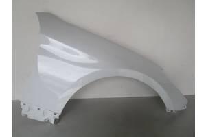 б/у Крылья передние Hyundai Genesis