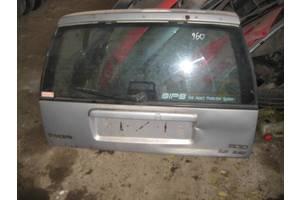 Крышки багажника Volvo 960