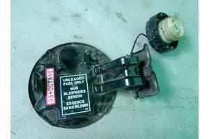 Крышка лючок топливного бака Mitsubishi Grandis 03-11