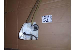 б/у Замки двери Mazda 2
