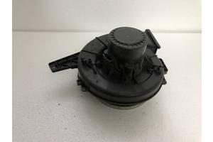 Моторчик пічки для Skoda fabia шкода фабия 1999-2007