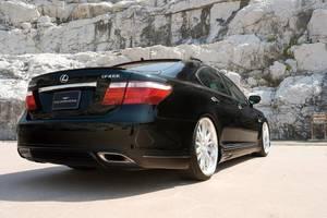 Бамперы задние Lexus LS