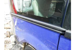 б/у Направляющие бок двери Renault Trafic