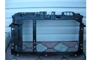Панели передние Ford Fiesta