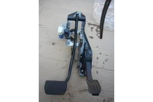 б/в педалі газу Volvo V60