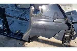 чверті автомобіля Peugeot 2008