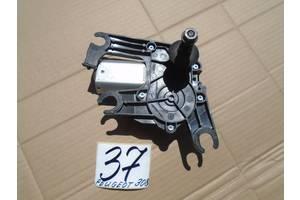 б/у Моторчики стеклоочистителя Peugeot 308