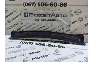 Пластикова Накладка Під Двірники На Лобове (Жабо) Renault Trafic 8200020540