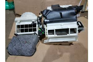 б/у Радиаторы печки Mitsubishi Outlander XL