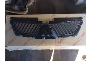 б/у Решётки радиатора Mitsubishi Outlander