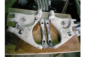 важелі Audi A4