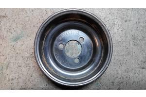 Шків насоса гідропідсилювача керма Volkswagen Bora 1.4 16V 2000-2005 роки ШКГ3