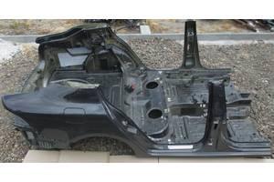 чверті автомобіля Skoda SuperB