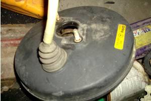 Тормозной вакуум  для Mercedes 124