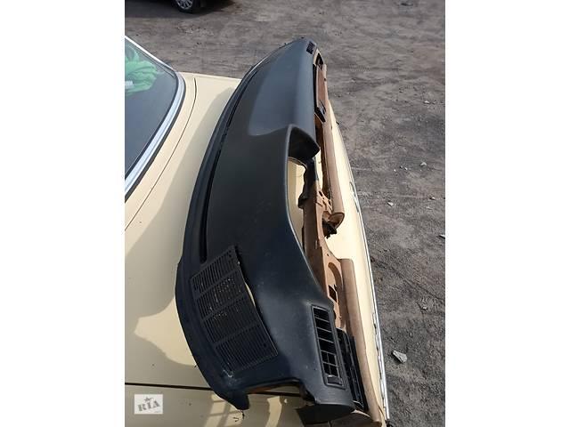 купить бу Торпедо  Mercedes W126 в Дубно