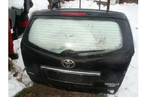 Крышки багажника Toyota Corolla Verso