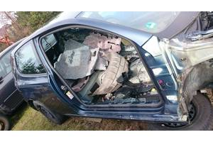 Четверти автомобиля Volkswagen Golf VI