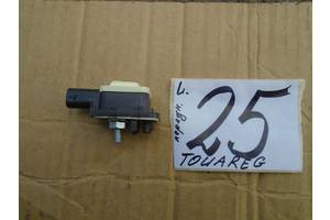 б/в датчики удару Volkswagen Touareg