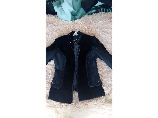Шкіряна куртка з хутром бабака - Верхній жіночий одяг в Новограді ... c59c4c3feed88