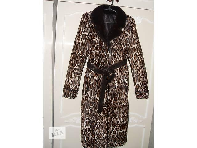 купить бу женское пальто из меха пони в Бородянке
