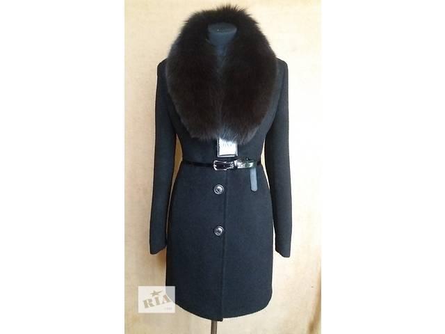 продам Зимнее пальто с натуральным мехом бу в Николаеве