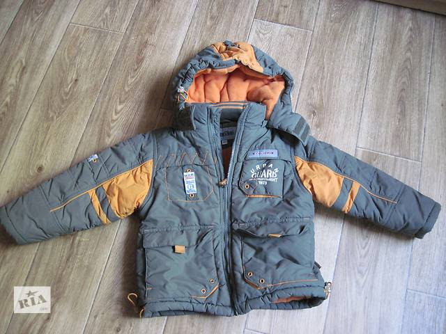 бу зимний комплект( куртка,комбинезон) на мальчика в Донецке