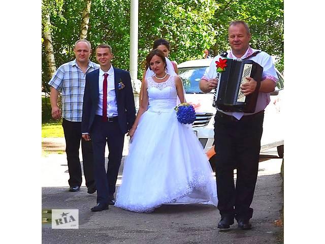 Тамада ведущий дискотека баян игровая программа на свадьбу юбилей крестины Минск и вся Беларусь- объявление о продаже   в Украине