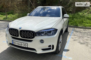 BMW X5 xDrive 3.0 TwinTurbo 2014