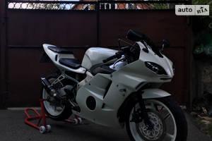 Honda CBR mc22 2001