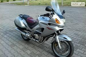 Honda NT 650  1998