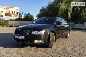 Skoda SuperB New TSI 2011