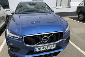 Volvo XC60 T6 330 kc R DESIGN 2018