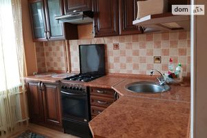 Сдается в аренду 2-комнатная квартира 56 кв. м в Луцке