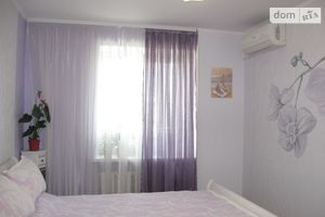 Продається 4-кімнатна квартира 74 кв. м у Вінниці