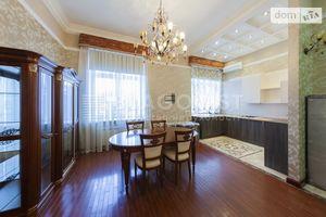 Куплю житло на Музейні Київ