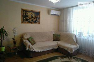 Продається 2-кімнатна квартира 49 кв. м у Могилеві-Подільському