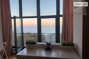 Продается 3-комнатная квартира 140 кв. м в Одессе