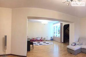 Продається 5-кімнатна квартира 204 кв. м у Чернігові