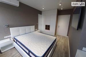 Сниму двухкомнатную квартиру в Днепропетровске долгосрочно