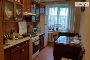 Продається 3-кімнатна квартира 73 кв. м у Чернівцях