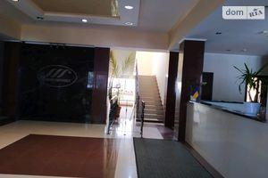 Сдается в аренду офис 381.9 кв. м в административном здании