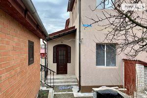 Продается дом на 3 этажа 220 кв. м с верандой