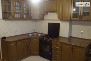 Продается 3-комнатная квартира 74.2 кв. м в Тернополе